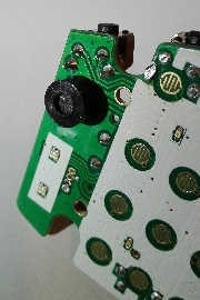 Retevis RT95 Mic Mod: electret microphone capsule on the PCB